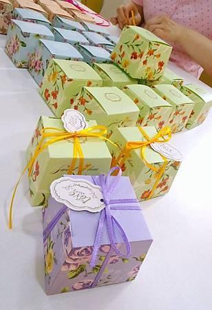 茶花玫瑰 碎花小禮盒 喜糖盒 禮物盒