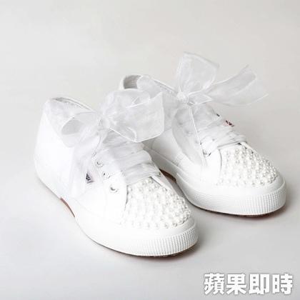 POISE X SUPERGA婚禮白布鞋