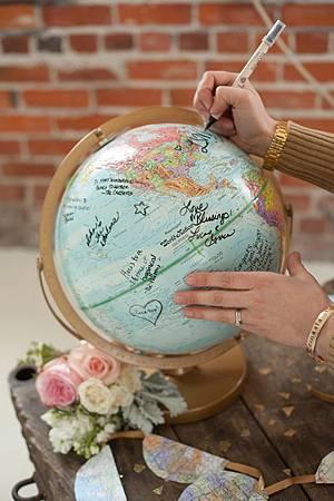 地球儀簽名-P.jpg