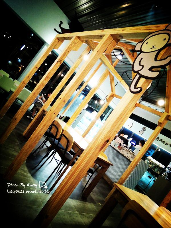 2013-10-4阿朗基咖啡店 (3).jpg