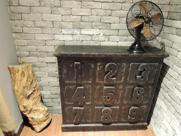 2014-1-12翔國中聚會(牛排) (17).jpg