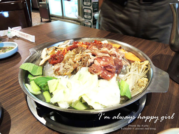 2014-7-3怡貞阿里郎銅板烤肉 (6).jpg