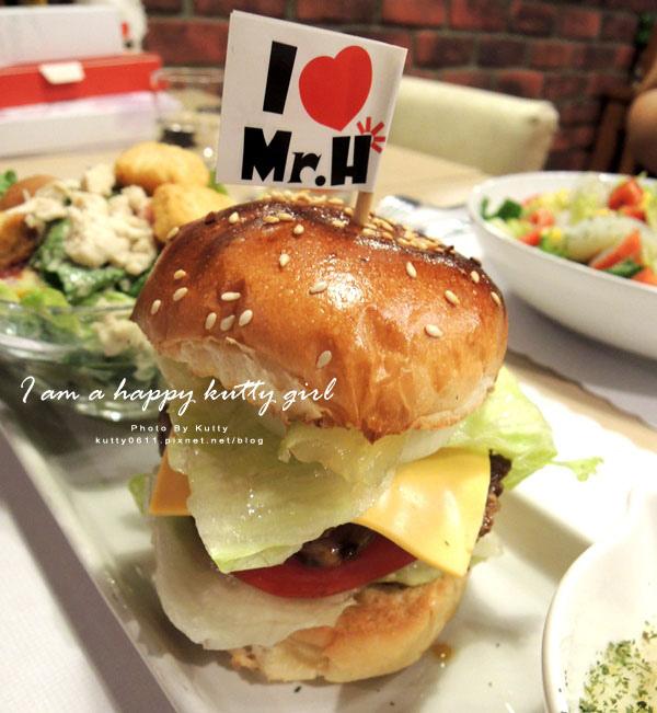 2014-9-22Mr'H漢堡 (31).jpg