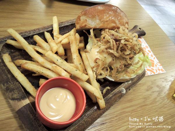2016-7-3大口吃漢堡 (16).jpg