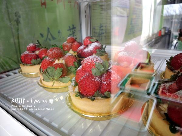 2017-12-18親親農場採草莓 (18).jpg