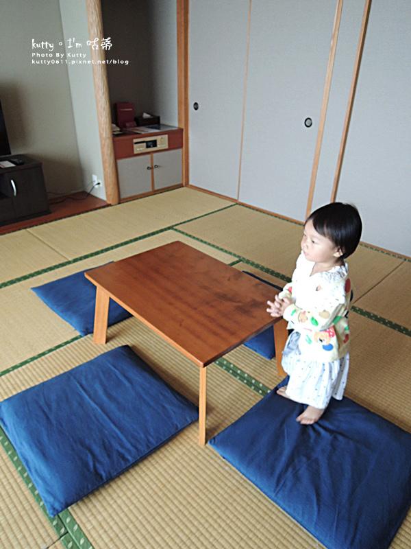 3沖繩格蘭美爾度假村-旋轉壽司 (7).jpg