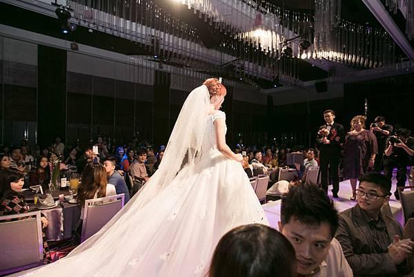 Wedding (558).jpg