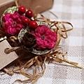 綺花娜 CHIHANA 蕾絲花飾創作 - 復古聖誕花果圓兒對夾