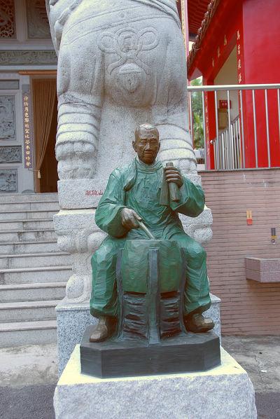 吟唱南管的老樂師09.JPG
