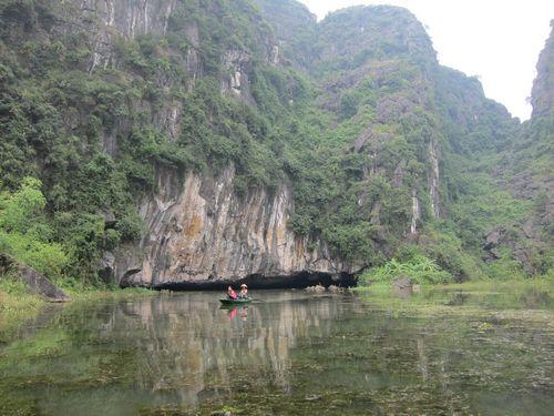 越南陸龍灣三谷湖 25.JPG