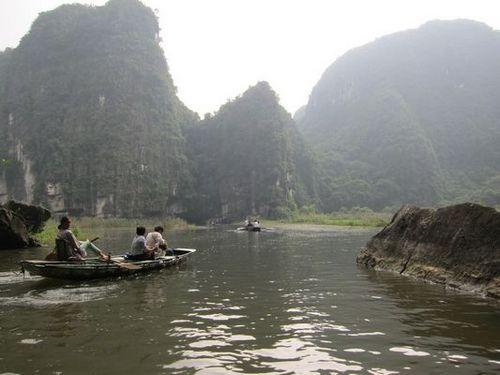 越南陸龍灣三谷湖 61.JPG