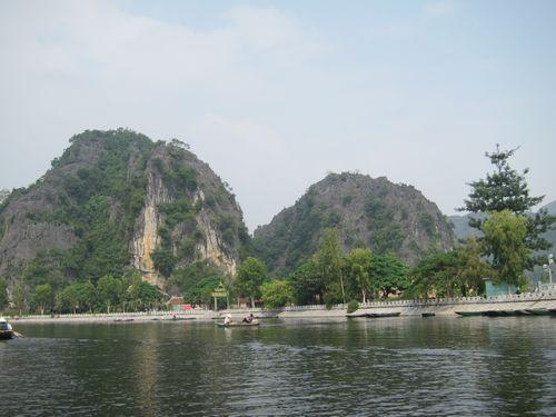 越南陸龍灣三谷湖 04.JPG
