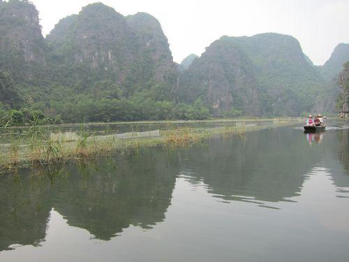 越南陸龍灣三谷湖 45.JPG