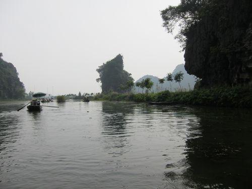 越南陸龍灣三谷湖 82.JPG