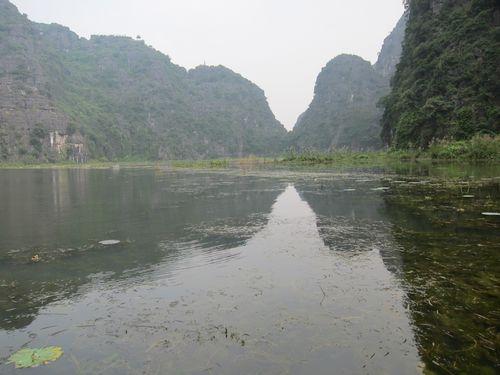 越南陸龍灣三谷湖 22.JPG