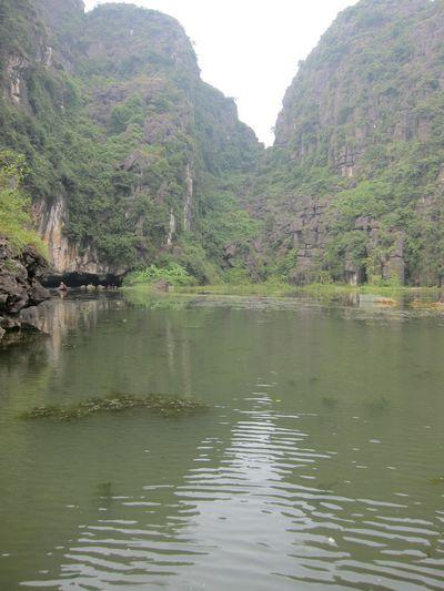 越南陸龍灣三谷湖 24.JPG