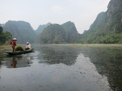 越南陸龍灣三谷湖 43.JPG