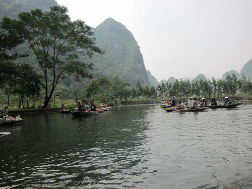 越南陸龍灣三谷湖 60.JPG