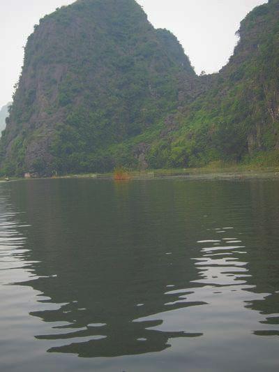 越南陸龍灣三谷湖 36.JPG