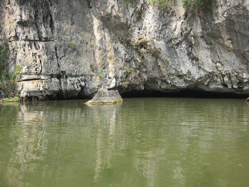 越南陸龍灣三谷湖 55.JPG