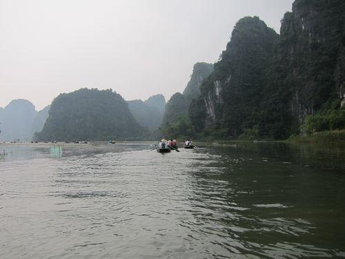 越南陸龍灣三谷湖 66.JPG