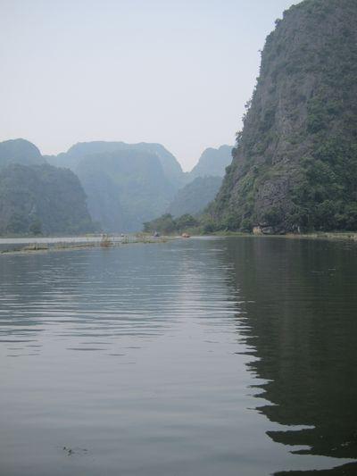 越南陸龍灣三谷湖 38.JPG