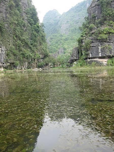 越南陸龍灣三谷湖 46.JPG