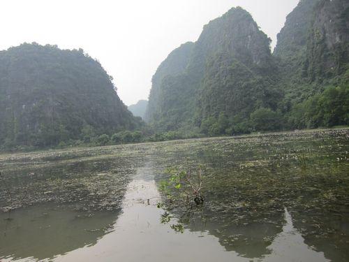 越南陸龍灣三谷湖 71.JPG