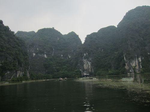 越南陸龍灣三谷湖 72.JPG