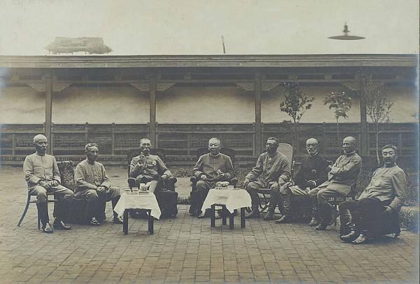 1896年擔任台灣台南守備隊司令、第2師團長