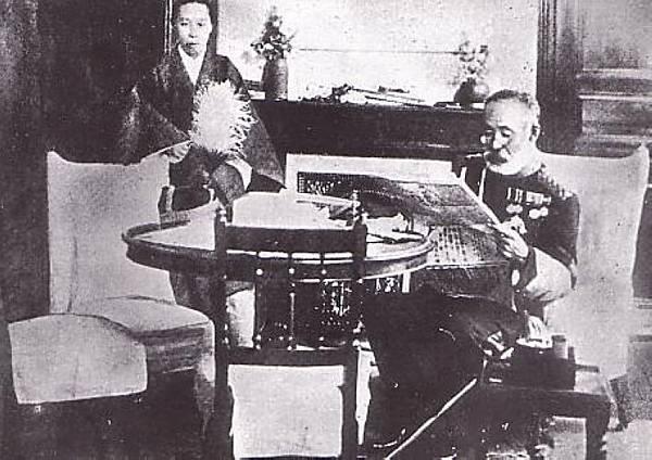 19120913乃木與妻靜子自殺當天留影
