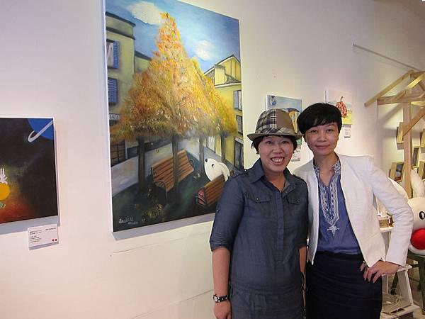 黃思綺(左)與懿能藝術館CEO吳滋懿03