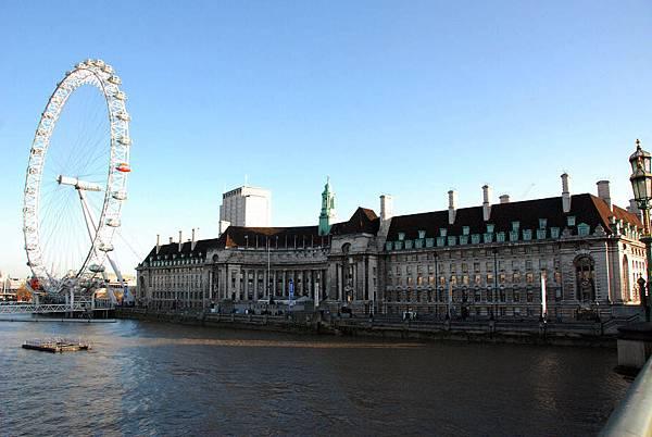 01我曾走過的倫敦~世界最高的摩天輪倫敦眼。
