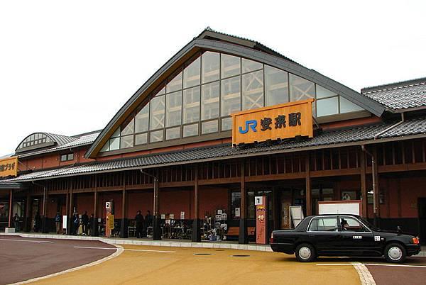 800px-Yasugi_Station.jpg