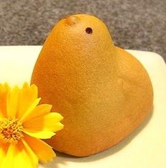 450px-Hiyoko_-_Japanese_famous_snack.jpg