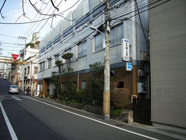 800px-Sawanoya-yanaka.jpg