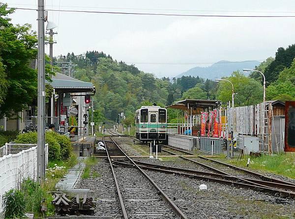 800px-Shigaraki_Station_platform.jpg