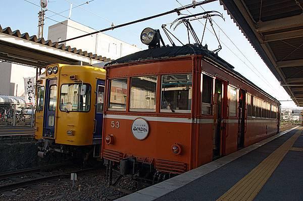 800px-Matsue-shinjiko-onsen_sta05n4592