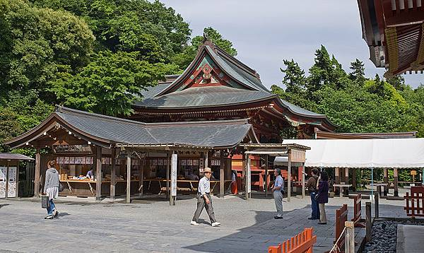 800px-Junior-shrine_Tsurugaoka_Hachimangu