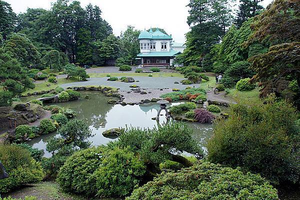 800px-Seibien_Hirakawa_Aomori_pref_Japan01n