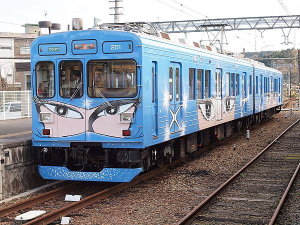 1280px-Iga-Tetsudou200Series02