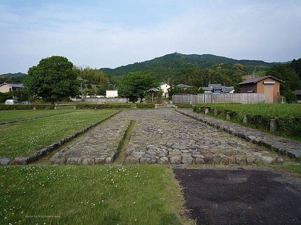 1280px-Asuka_Itabuki_no_Miya