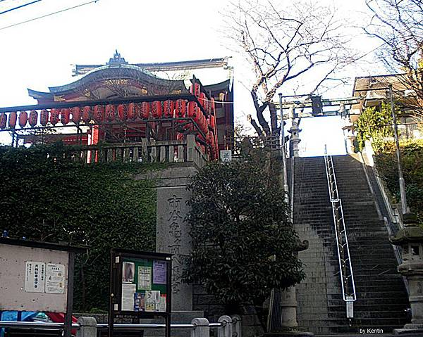 1280px-Ichigaya_kamegaoka_shrine_shinjuku_tokyo_2009
