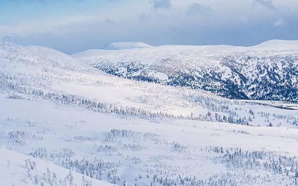 hakkoda-mountain-4