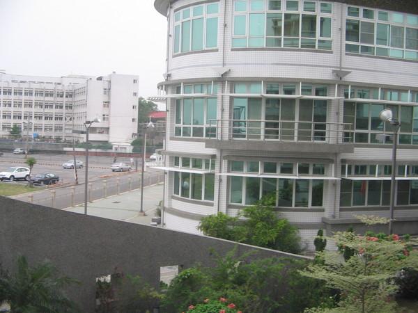 窗外風景! 學生餐廳!