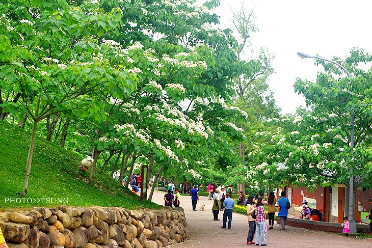 桐花公園客家大院