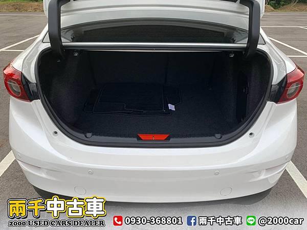 2018 Mazda3_200602_0003.jpg