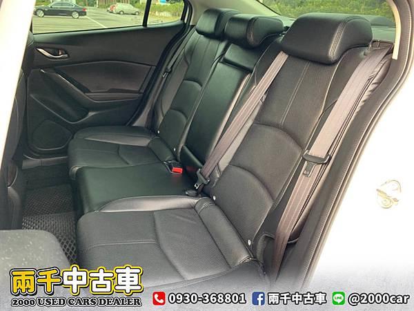 2018 Mazda3_200602_0011.jpg