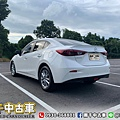 2018 Mazda3_200602_0013.jpg
