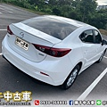 2018 Mazda3_200602_0019.jpg